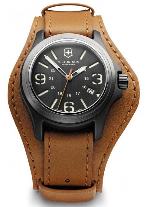 99ab5f8bf Pánske hodinky VICTORINOX Swiss Army 241593 Original + darček na výber  zväčšiť obrázok